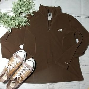 Soft chocolate fleece north face pullover